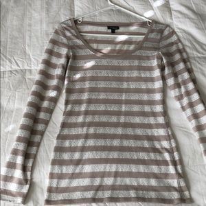 Long sleeve striped express top.
